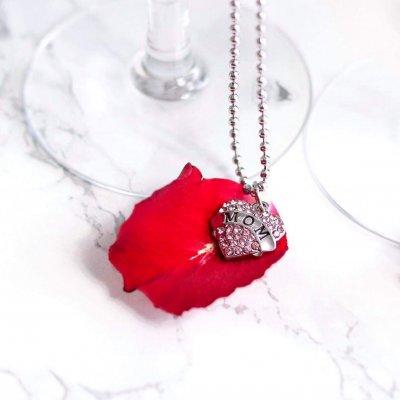 Alla hjärtans dag halsband. Alla hjärtans dag halsband Halsband hjärta  present bröstcancer Mamma-halsband mors dag 5cb3dd37f43a8